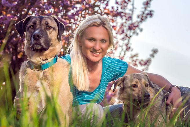 Hundetrainer in Essen Melanie Brass von der Hundeschule Brass